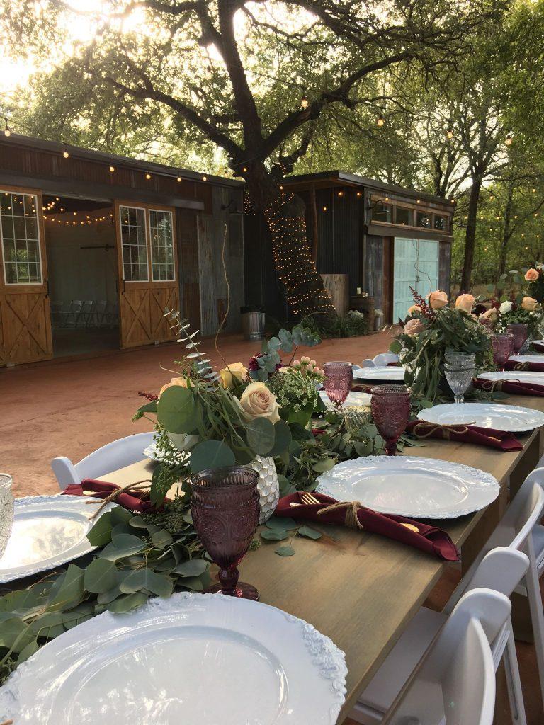 outdoor dining temple texas wedding venue