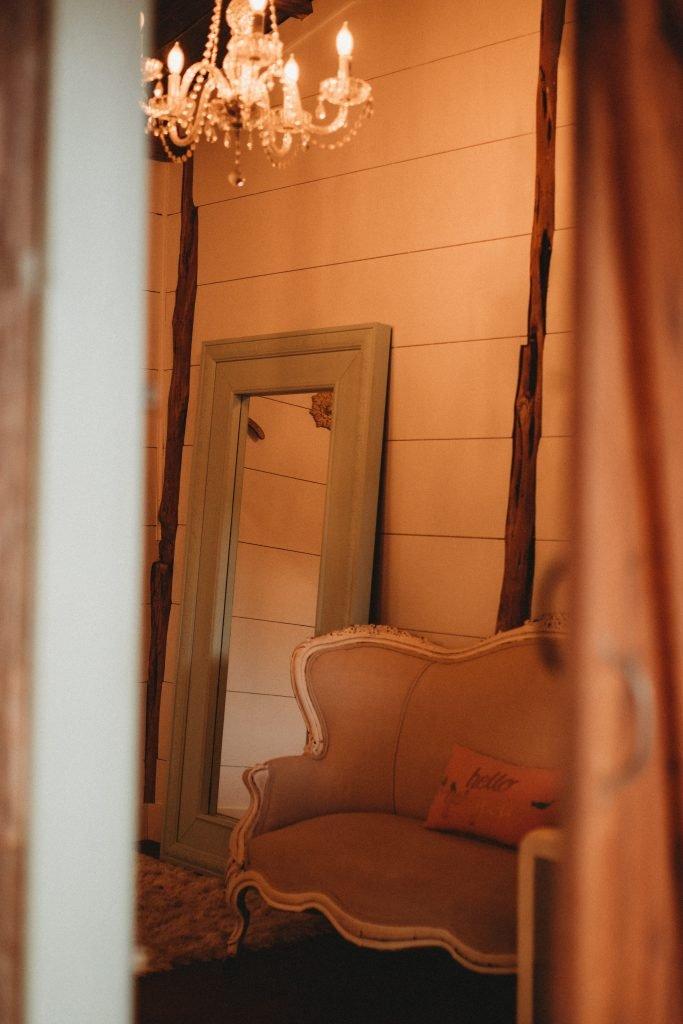 Beautiful romantic bridal suite temple Texas