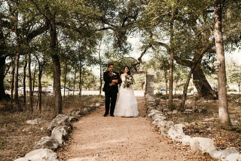 Dad walking bride wedding in Temple Texas